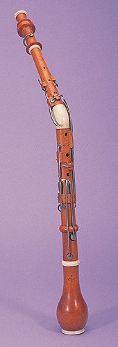 NMM 5897.  Cor anglais by B. Schott Sons, Mainz, Rhineland-Hesse, ca. 1830.  Board of Trustees, 1995.