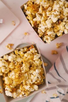Who knew microwave popcorn could also be the easiest-ever caramel corn? This perfect popcorn is ideal as an after school snack, easy dessert or sweet movie night snack. Microwave Caramels, Microwave Popcorn, Florentine Cookies, The Sweetest Thing Movie, Perfect Popcorn, Cake Recipes, Snack Recipes, Movie Night Snacks, Caramel Corn