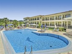 Griekenland Zakynthos Planos Tsilivi  Het hotel is rustig gelegen in Tsilivi. Het strand ligt op ca. 900 meter afstand.  EUR 564.00  Meer informatie  #vakantie http://vakantienaar.eu - http://facebook.com/vakantienaar.eu - https://start.me/p/VRobeo/vakantie-pagina