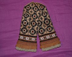 Hand made wool mittens, gloves. They are made from high quality fine wool so they are very gorgeous mittens.