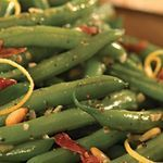 Sizzled Green Beans with Crispy Prosciutto ~ I would try this any day of the year!