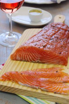 Cinco Quartos de Laranja: Como fazer gravlax (salmão curado)?