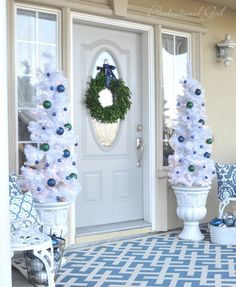 Blue and White Christmas Porch; just lovely! from @Centsational Blog Girl
