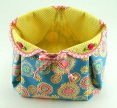 Fabric Basket PDF Tutorial ... with or without handle ... different variations included