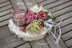 Valentines Day Decorations, Christmas Decorations, Table Decorations, New Kitchen Doors, Bed Cover Design, Button Crafts, Wedding Centerpieces, Diy And Crafts, Shabby Chic