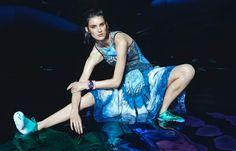 Marte Mei van Haaster Heads to Atlantis in Meinke Kleins Elle Netherlands Shoot