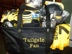 For all my ASU fans for a holiday present get this wonderful gift! Love Thirty-One's Large Utility Tote for tailgating! Www.mythirtyone.com/livengood