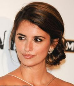 Celebrity Bridal Hairstyles for Long Hiar with Veil Half Up 2013 For short hair indian Half Up Half Down