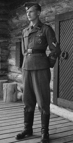 petroskoijari:Finnish Waffen-SS volunteer Ermo Juhani Raappana, son of major-general Erkki Raappana.  Such a rare photo wow! It's good to see a Finnish member of the Nordland Division!!