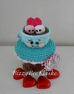 Bizzy Bee Klaske - Cup of Love Jar - Dutch - Free Crochet Box, Crochet Gifts, Vintage Crochet, Crochet Dolls, Free Crochet, Amigurumi Patterns, Crochet Patterns, Crochet Jar Covers, Kawaii Crochet