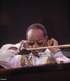 Wembley Arena, Stevie Wonder, Still Image, Love Of My Life, The Outsiders, Stage, Presentation, London, News