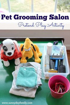 Set up your very own play Pet Salon using items found around the house! Kids love playing groomer to their favorite stuffed pets with this fun activity. # Pets activities Pet Grooming Salon Pretend Play Activity for Preschoolers Dramatic Play Area, Dramatic Play Centers, Pet Grooming, Grooming Salon, Play Centre, Imaginative Play, Pretend Play, Role Play, Preschool Activities
