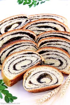Easy Poppy Seed Roll Recipe – Valya's Taste of Home A Food, Good Food, Food And Drink, Yummy Food, Healthy Food, Ukrainian Recipes, Russian Recipes, Best Christmas Recipes, Holiday Recipes