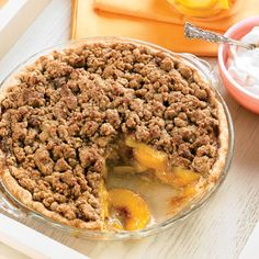 A crisp streusel topping studded with walnuts and pecans perfectly accents tender, sweet peaches. (desserts with oats streusel topping) Peach Pie Recipes, Wine Recipes, Cooking Recipes, Cooking Ideas, Pie Dessert, Dessert Recipes, Fruit Recipes, Fall Recipes, Recipies