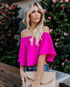 VICI is the modern woman's fashion haven. Shop our amazing collection of statement pieces, clothing, handbags & accessories. Off The Shoulder Top Outfit, Off Shoulder Tops, Hot Pink Tops, Fitness Wear Women, Body Con Skirt, Blouse Outfit, Dress To Impress, Spring Outfits, Dame