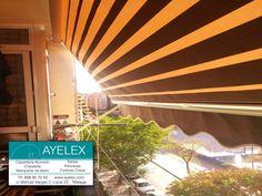 Instalación toldo terraza stor Lacado en blanco, tejido color degradé color marron y beige. Instalación en Barriada el torcal (Málaga) www.ayelex.com