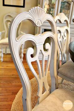 Dining Chairs DIY-How to spray paint! THESE CHAIRS ARE TO DIE FOR! Wish I knew where to buy them?