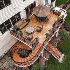Patio Deck with Fire Pit . Patio Deck with Fire Pit . 20 Modern Diy Firepit Ideas for Your Yard This Year Design Exterior, Patio Design, House Design, Future House, Backyard Patio, Backyard Landscaping, Backyard Kitchen, Patio Table, House Goals
