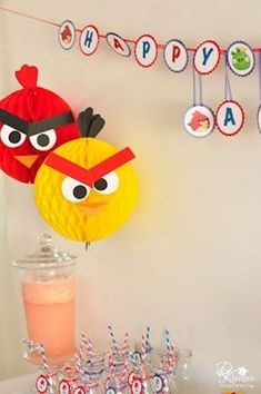 Love the Angry bird hanging balls!!! This would work with balloons too!