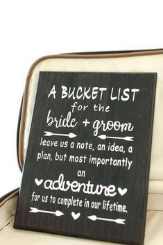 How To DIY Your Adventurous Travel Wedding Theme - Bridesmaids Confession - - Do you love to travel? The couple featured today surely does and chose a travel wedding theme. Even more impressive are all the DIY elements. Wedding Favors, Wedding Events, Wedding Ceremony, Wedding Day, Rustic Wedding, Lakeside Wedding, Wedding Sparklers, Wedding In Nature, Wedding Bands