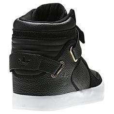 8a7e91028be Najlepsze obrazy na tablicy Sneakers (14)