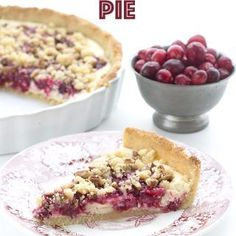 Share these delicious keto holiday recipes with your friends and family and to express your love for keto! From desserts to drinks, it has everything! 70 Keto and Low Carb Holiday Recipes Thanksgiving Desserts, Holiday Desserts, Holiday Recipes, Keto Holiday, Holiday Pies, Thanksgiving Ideas, Winter Holiday, Holiday Treats, Christmas Recipes