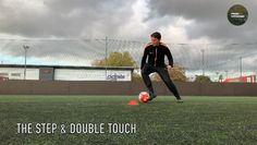 Soccer Footwork Drills, Soccer Practice Drills, Football Training Drills, Football Workouts, Girls Soccer Cleats, Play Soccer, Messi Soccer, Football Soccer, Soccer Tips