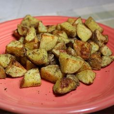 Bratkartoffeln are Germany's answer to home fries. Wedged potatoes are seasoned with curry powder and paprika and baked until crisp. Lemon Potatoes, Cubed Potatoes, Roasted Potatoes, Cottage Fries Recipe, Parmesan Fries, Potato Side Dishes, Veggie Dishes, Vegetable Recipes, Potato Wedges Baked