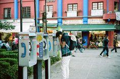 Hello? Coyoacán. Voigtlander Bessa R3A with 40mm f/1.4. 1/60 @ f/1.4. Kodak Portra 160. #visibleinlight
