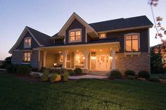 Spacious 4 bedroom Craftsman style home. Craftsman House Plan # 101187.