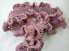 Ruffle Scarf Crochet Pattern | Flouncy Ruffle Scarf by Poochie Baby | Crocheting Ideas