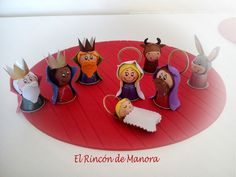Risultati immagini per manualidades con cafe Christmas Nativity Scene, Diy Christmas Tree, Christmas Crafts For Kids, Christmas Decorations, Xmas, Kids Crafts, Hobbies And Crafts, Crafts To Make, Nativity Stable
