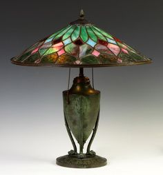 Bradley & Hubbard Arts & Crafts Leaded Glass Table Lamp Circa 1920