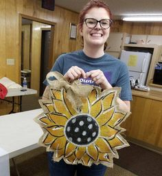 Burlap Door Hangers, Hand Fan, Home Appliances, House Appliances, Appliances, Burlap Wreaths