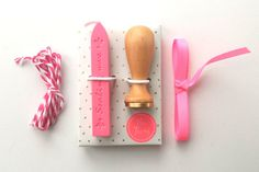 Mini wax seal kit - wax stamp Hi there, 1 hot pink seal wax, ribbon & bakers twine  **this is a Hema item**  Give your mail, scrapbook, cards