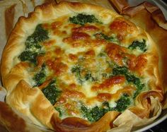 Torta salata ricotta e spinaci. Italian Dishes, Italian Recipes, Quiche, Savory Cheesecake, My Favorite Food, Favorite Recipes, Good Food, Yummy Food, Food Humor
