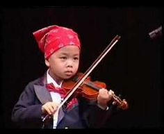 Violin Solo by Multi-Talented 4 Years Old Kid [Dhanat Plewtianyingthawee at age 4yrs 4mo playing multiple Suzuki Violin School Volume 1 songs at the Grand Auditorium of Thailand Cultural Center]