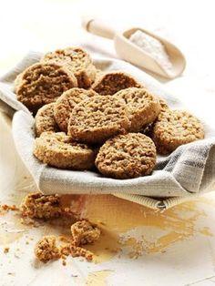 Biscotti al grano saraceno e farina integrale, con nocciole e mandorle -alce nero-