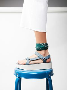 Flatform Universal Crafted Teva | Teva's took their classic Universal sandal and added a platform to get this super cool and updated flatform. Comfortable and easy to wear with adjustable premium leather straps.