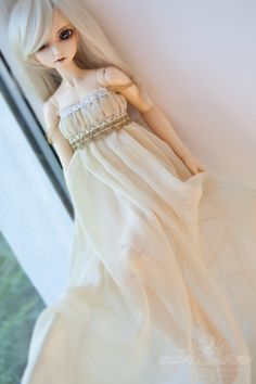 lovely regency style dress for Super Dollfie SD Volks by kalcia