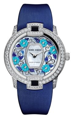 Blossom Velvet | RDDBVE0054 | Roger Dubuis | Blossom Velvet Blue is a multi‑petal expression of ageless sensuality, with three one‑of‑a‑kind and even more elaborate interpretations – assembled as an exquisite set nestling in a superbly crafted marquetry‑worked box.