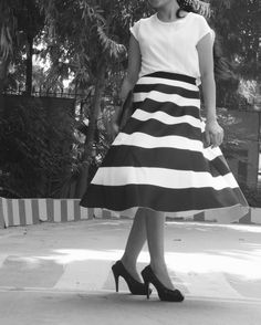Beautiful #stripedskirt in black and white. Here are five reasons why you must wear it.