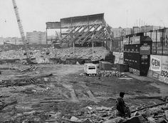 Brooklyn Dodgers Ebbets Field bleachers torn down in 1959 New York Stadium, Stadium Tour, Baseball Park, Major League Baseball Teams, Shea Stadium, Yankee Stadium, Dodgers History, Dodgers Gear, Sports Stadium