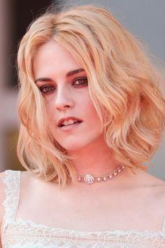 Kristen Stewart Movies, Girl Haircuts, Robert Pattinson, Film Festival, Actors & Actresses, Interview, Hair Cuts, Beautiful Women, Photoshoot
