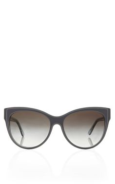 the most flattering shade of blue for sunnies... enjoy!