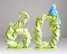 Such a cool cake topper, made out of gumpaste.