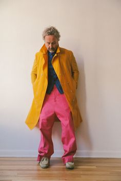 Duckie Brown Spring 2020 Menswear Fashion Show - Vogue Runway Fashion, Mens Fashion, Fashion Outfits, Fashion Trends, Vogue Paris, Backstage, Drop Crotch Pants, Colored Pants, Spring Summer