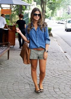 20 Extremely Charming Casual Outfit Ideas Your casual outfits for everyday activities can be elegant, stylish, and beautiful. In this article, we will display 20 casual outfit ideas that will suit your hectic lifestyle as well as keep you loo Casual Summer Outfits For Women, Summer Shorts Outfits, Summer Clothes For Women, Shorts Outfits Women, Denim Shirt Outfit Summer, Classy Outfits, Summer Casual Styles, Gray Shorts Outfit, Spring Outfits Women Over 30