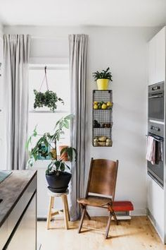 House Tour: A Renovated Philadelphia Row House | Apartment Therapy