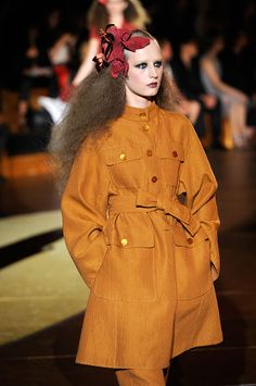 Marc Jacobs Looks to Yves Saint Laurent and the — Things That Made Him Fall in Love with Fashion — for Spring 2011 Safari Jacket, Ysl, Falling In Love, Marc Jacobs, Yves Saint Laurent, Coats, Couture, Drawing, Heart